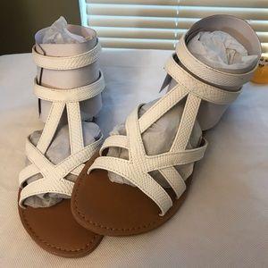 DREAM PAIRS Women's Sapha White Sandals Sz 7